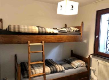 Chambre lits à étage